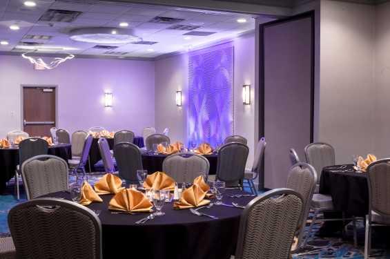 Kinnick Ballroom Dinner