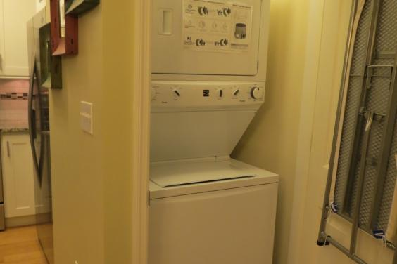 Celadon Beach 806 new energy efficient washer/dryer combo