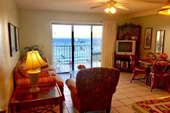 Gulf Front Condo Directly at the Beach
