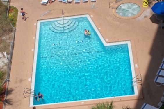 19-pool_aerial.jpg