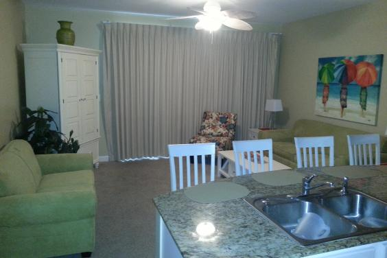 Splash 204E  *Free Beach Service*  1BR/Bunks/2BA