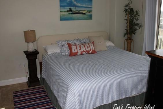 Bedroom 3 with Kingsize Bed, Balcony access and HD TV