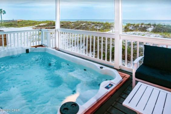 On the bottom deck, a heated Splash pool awaits!