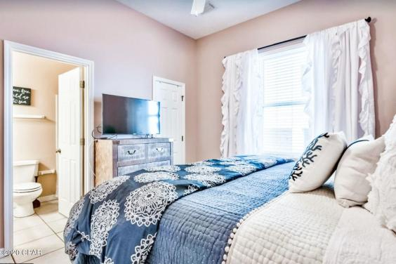 Beautiful and cozy downstairs bedroom with private bathroom!