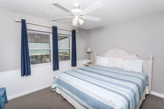 Beautiful Master Bedroom with Gulf view!