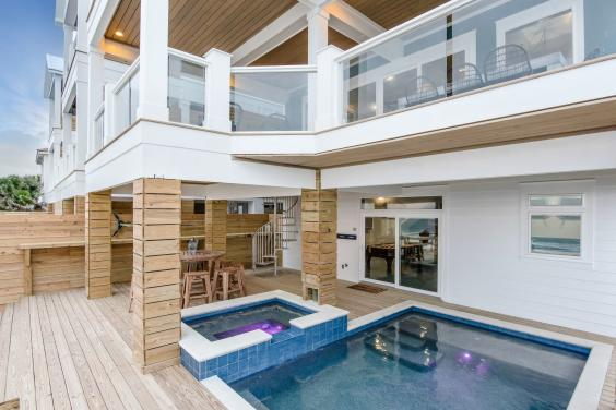 Private Beachfront Pool & Deck