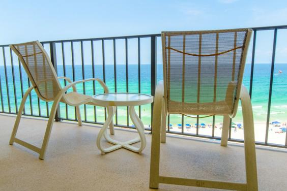 Beach view w/chairs