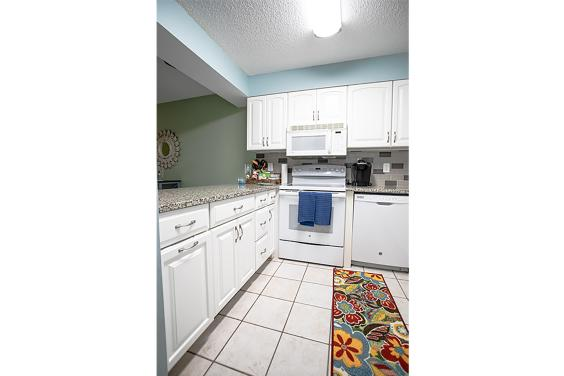 Fully equipped kitchen has everything you need to cook a fabulous meal!