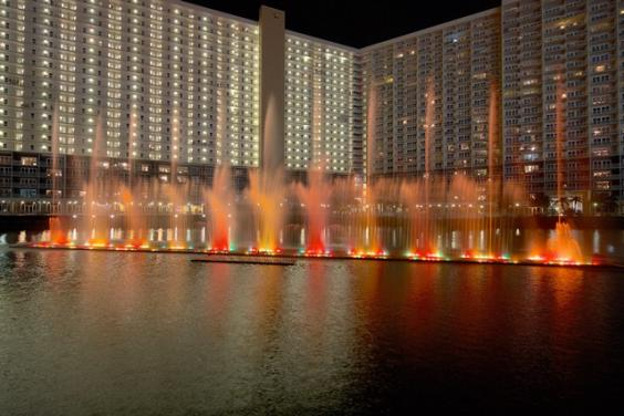 Laketown Wharf Fountain Show