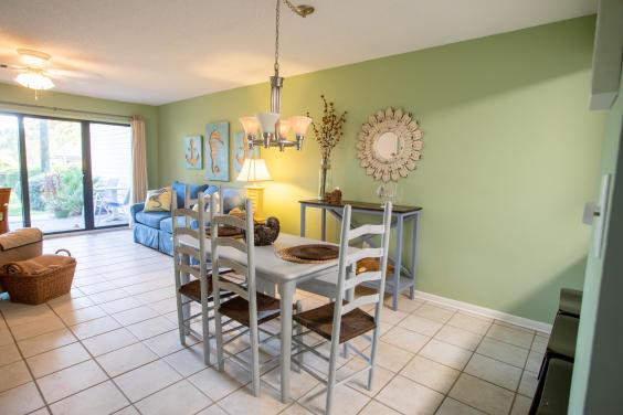 Cozy dining area has plenty of room!