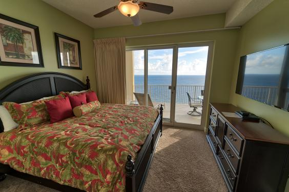 Master bedroom with King bed and Private access to the Balcony and Private Bath