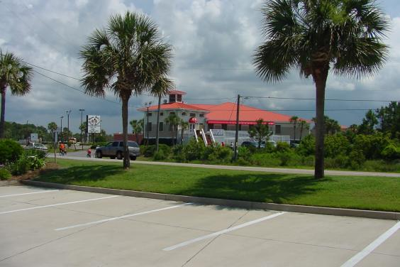 Bill's Crab Shack right across the street...