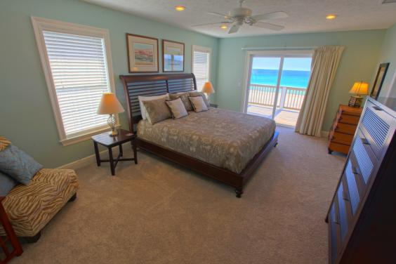 East Master Suite - Beachfront with Balcony Access