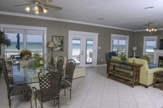 Large, open living room with amazing Gulf views!