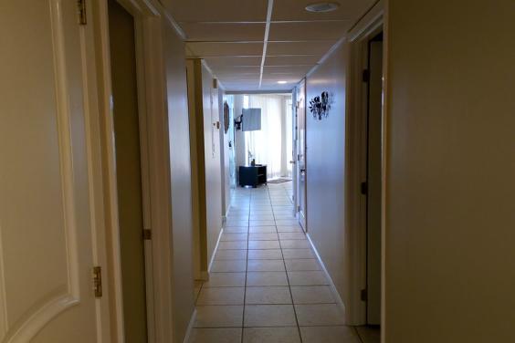 T21006 - Hall