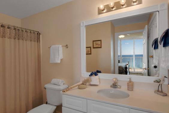 Master Bathroom Unit 1304