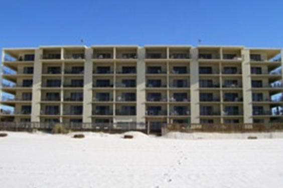 Mariner West Condominiums