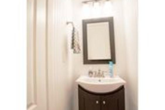 Convenient half bathroom!