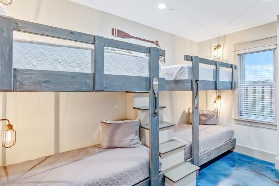 Ground Floor Multi-Bunk Room