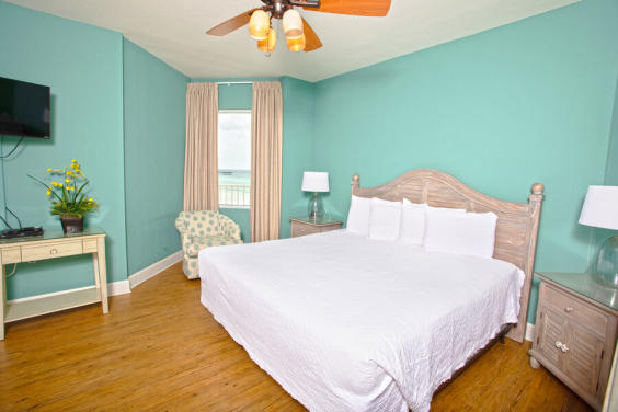 Beautiful Master bedroom!