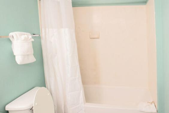 Shower/tub combo in Master bathroom!