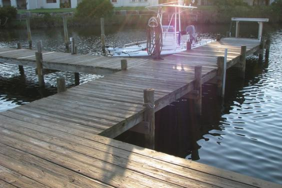 Boat docks on lagoon- Gulf access