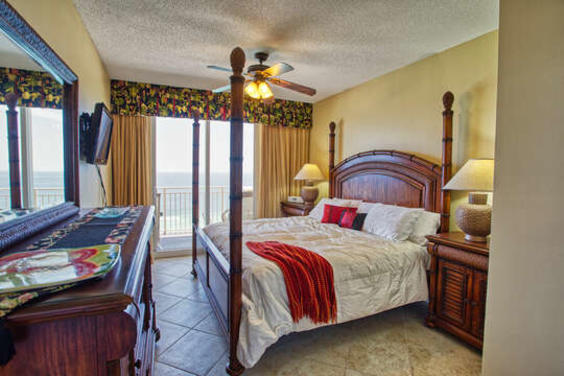 Master Bedroom with Beautiful Views!