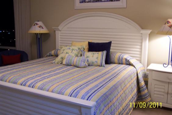 Splash *3 king bedrooms/3 baths, end unit - slp 8