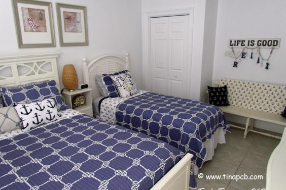 Guest Bedroom 2 - Queen Size Bed & Twin Bed with balcony access