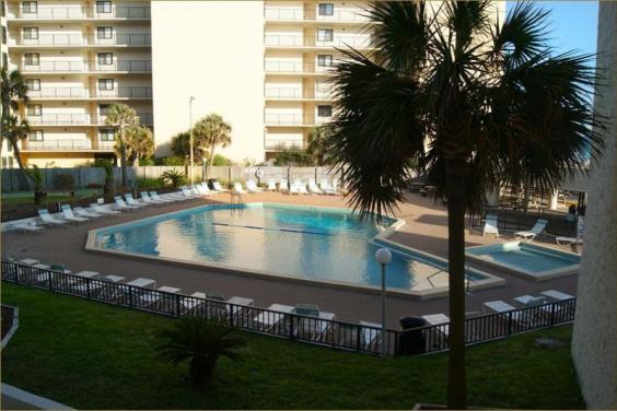 Pool Area at Top of the Gulf