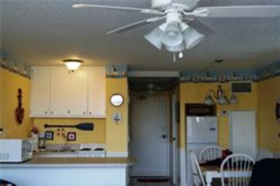 Unit 801 Fully equipped kitchen and dining area