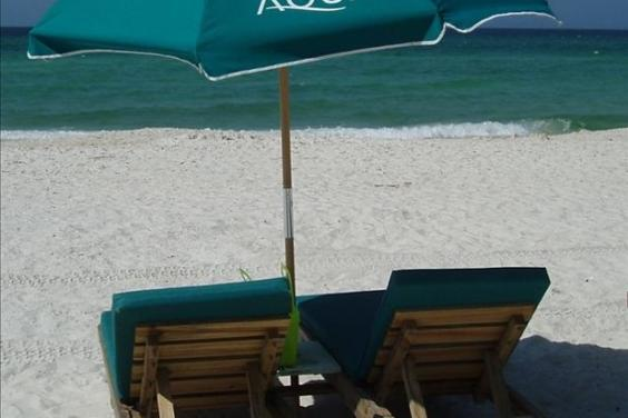 Beach Chairs and Umbrella included w/rental