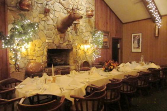 Affordable-Weddings-Parties-Events-The-Reindeer-Room-Boars-Head-Restaurant-Panama-City-Beach-