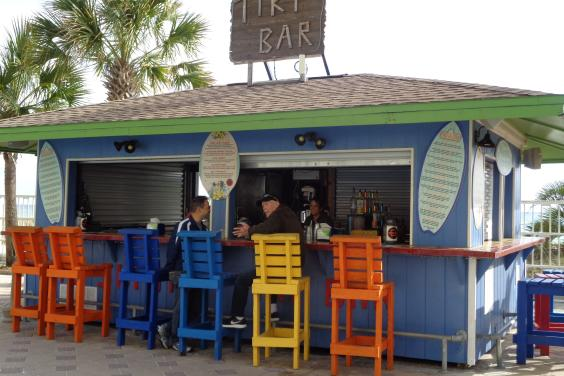 Tiki Bar with all the best drinks in town...fantastic