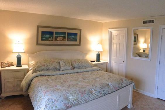 MASTER BEDROOM WITH BALCONY ACCESS & PRIVATE BATH, WALK-IN CLOSET