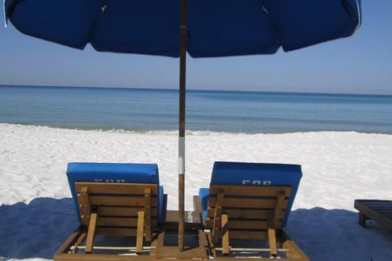 WE PRE-PAID YOUR BEACHCHAIR/UMBRELLA SETUPS TOO! YOU DESERVE THIS!