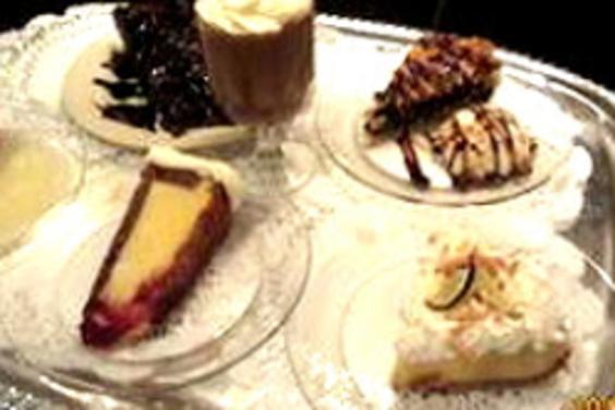 PCB Complementary Birthday Dessert   -Boar's-Head-Restaurant & Tavern