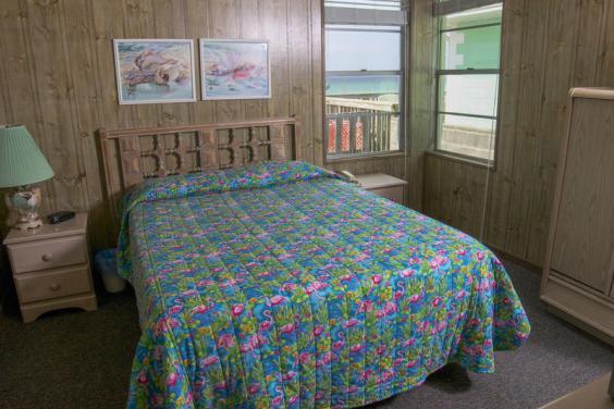 Primetime bedroom 2