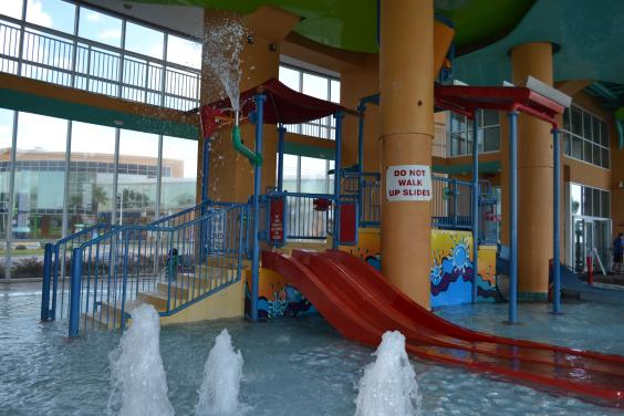 Resort Amenities - Splash pad, pool