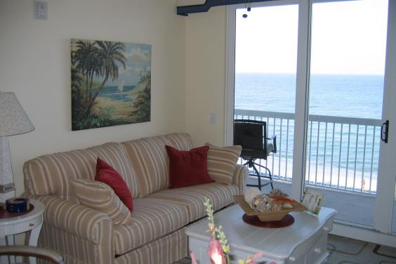 Two bedroom condo on the 4th floor at Seychelles