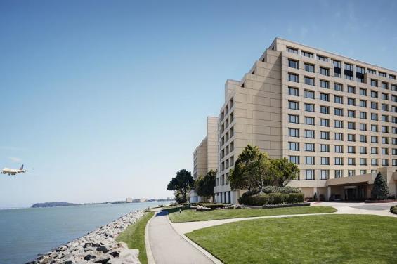 SFO Marriott Waterfront Outside