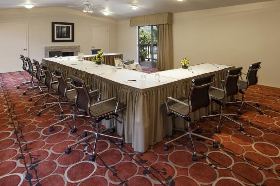 Boardroom.U-Shape