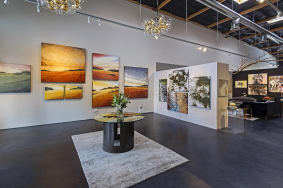 FrontGallery