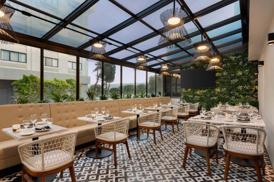 The Landing Restaurant & Bar - Garden Room