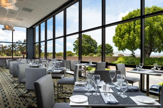 HSFWindowsRestaurant2014LRG-3