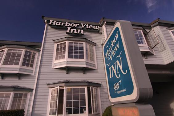 Harbor_View_Inn.jpg