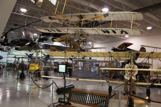 Hiller_Aviation_Museum_4_by_Edna_Geller.jpg