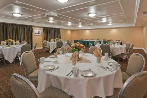 Holiday Inn & Suites San Mateo San Francisco SFO (2) - Banquet Room