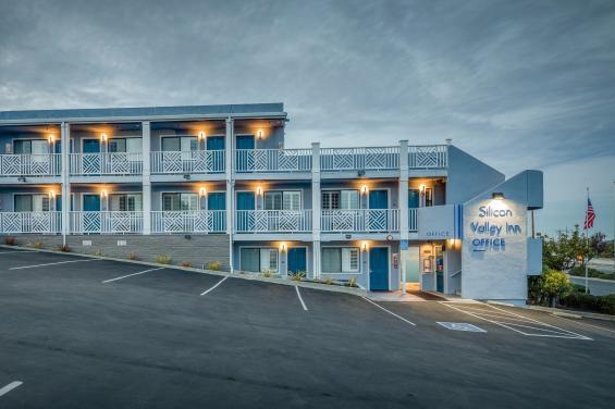 Motel  building