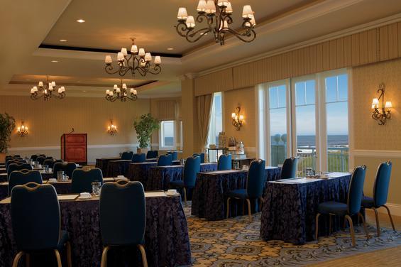 Ritz-Carlton Meeting Room